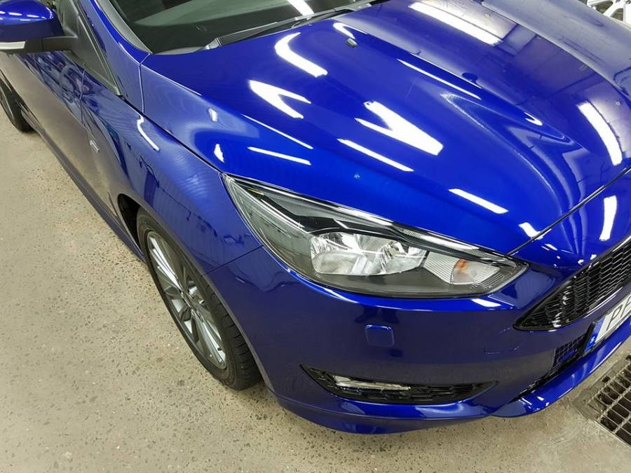 Ford Focus Detail and Coated by HenrikNordblom